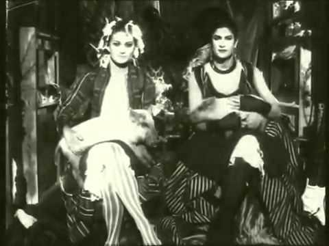 Shakespears Sister - Hello (Turn Your Radio On) Alternate Piano Version