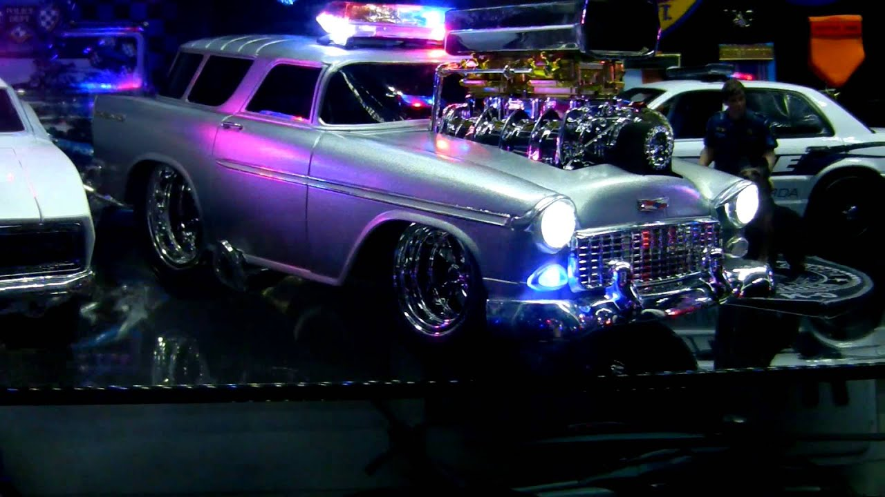 Muscle Machine police cars - YouTube