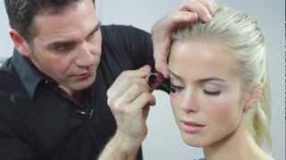 Basic Beauty Case. Il make-up essenziale. Giorgio Forgani | Pupa Milano