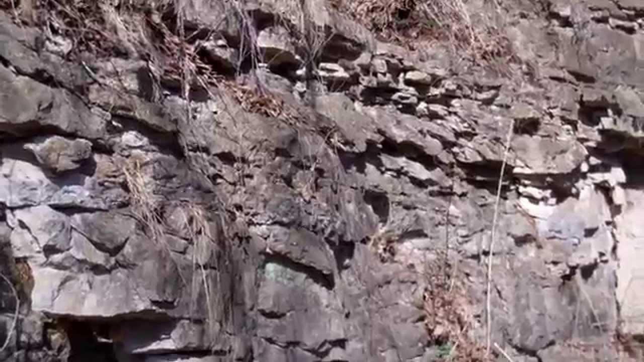 crumbling rocks.MP4