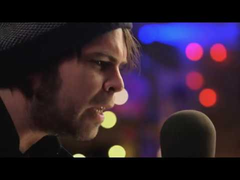 GAZ COOMBES - I BELIEVE IN FATHER CHRISTMAS (by GREG LAKE)