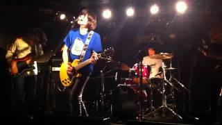 『暮らし』LIVE 2011.11.26 下北沢SHELTER 『ナンバーガールにはなれな...
