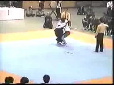 Aikido Vs. MMA Real Fight Part 1