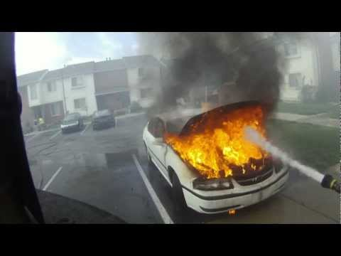 How To Quickly And Professionally Extinguish A Car Fire