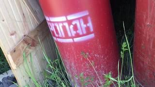 Газовая колонка на даче(только сжиженный газ)часть хрен знает какая))))