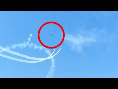 UFO SIGHTING IN VIDEO WITH JETS CALIFORNIA...