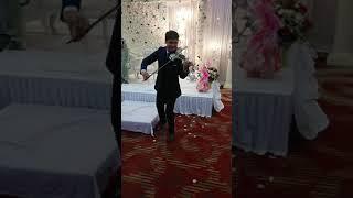 Mere Yaar Ki Shaadi Hai ft. Darius Electric Violinist #Shorts