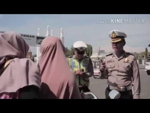 Polisi Lucu Lagi Viral!!! Tak Tun-Tuang -Demi menertibkan Lalulintas di ACEH!!!