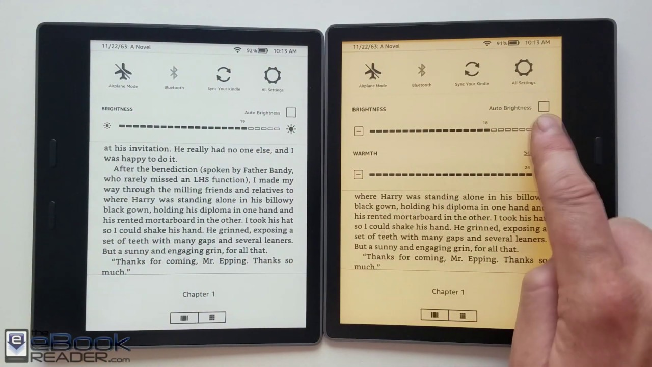 Kindle Oasis Warm Light Demo and Comparison
