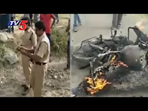 Villagers Fight with Marine Contractors at Nalgonda | 4 Bikes Set to Fire | TV5 News