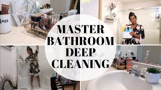 CLEAN WITH ME 2019 | EXTREME BATHROOM DEEP CLEAN |  CLEANING MOTIVATION 2019 | CRISSY MARIE