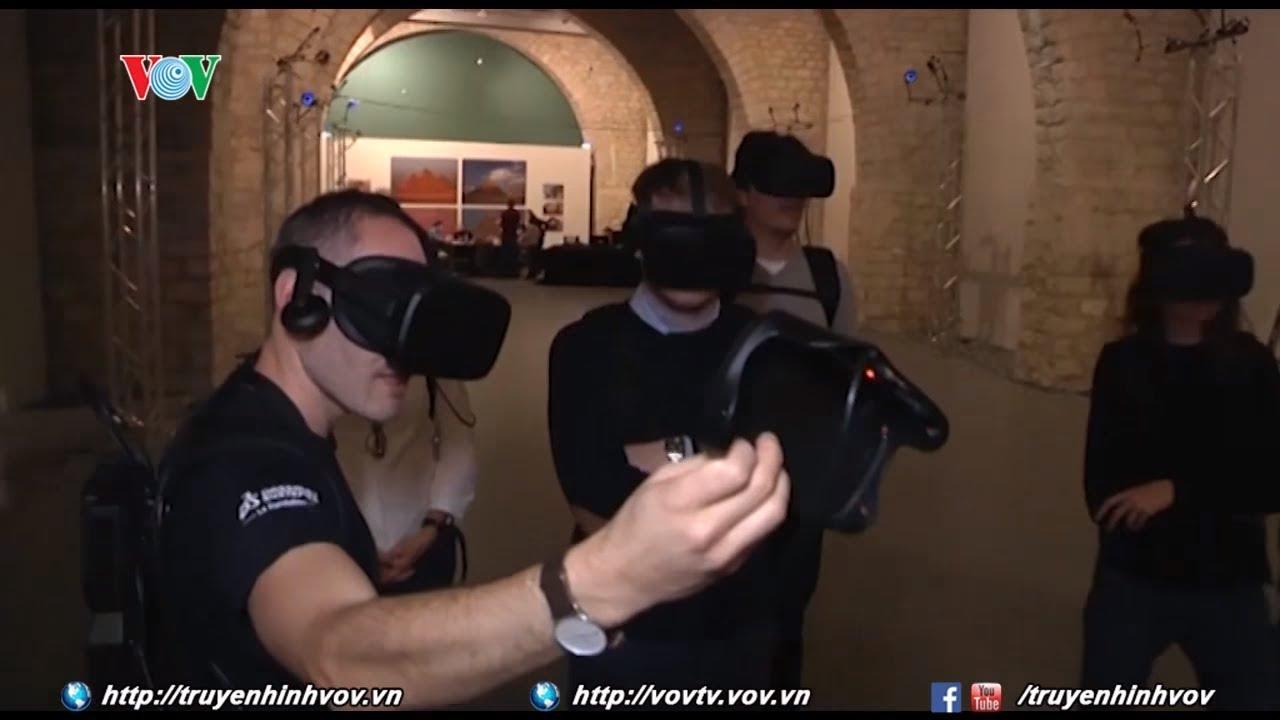 Tham quan bên trong kim tự tháp bằng công nghệ thực tế ảo   VOVTV   Giải trí