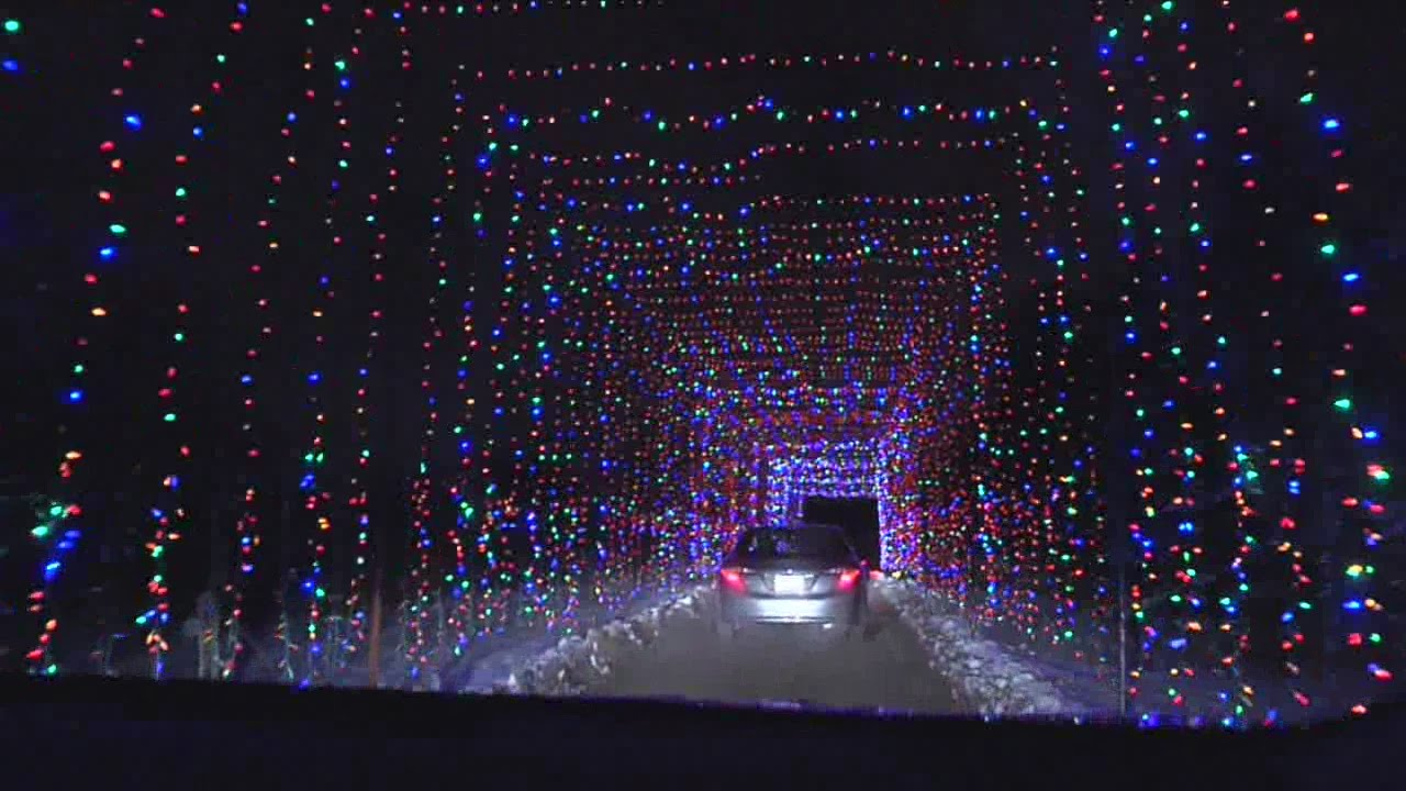 Drive Thru Christmas Light Displays Near Me.Wisconsin S Largest Drive Thru Christmas Display Opens For Season