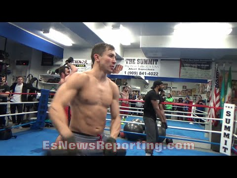 GENNADY GOLOVKIN IS RIPPED!!! SHREDDED!!! LIFTS WEIGHT BAR FOR HEAVYWEIGHTS WITH EASE!!! - EsNews