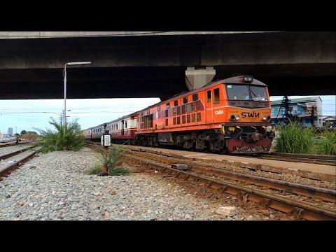 ดูรถไฟรอบเช้าที่ป้ายหยุดรถนิคมรถไฟ กม.11