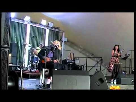 Sir Walter J Wallis, G Girl blues ROTW 2010 Uke