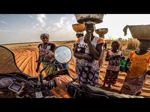 ATRAPADO en el río NIGER | Vuelta al mundo en moto | África #22