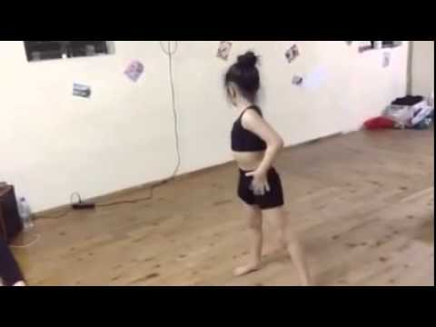 Yến Nhi Dance - Nhảy I
