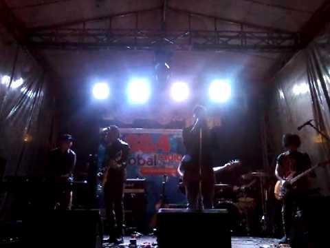 Piyu Feat Firly Firlana - Menanti Sebuah Jawaban