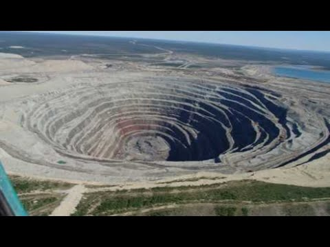 biggest-holes-and-tunnels-ever-made
