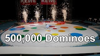 500,000 Dominoes - World of Art - 2 Guinness World Records