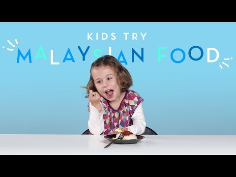 Kids Try Malaysian Food | Kids Try | HiHo Kids
