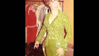 Suzi Arden - Out Where the West Winds Bl...