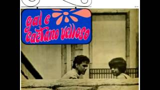 Watch Caetano Veloso Domingo video