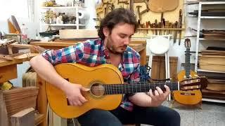 Vídeo 3. José Tomás tocando guitarra de ciprés de 1ª especial