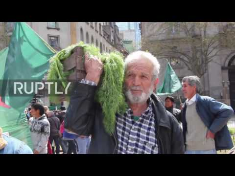 Argentina: Farmers give away 2,000kg of vegetables to protest agricultural policies