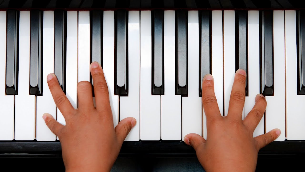 How to play minor 7th chords keyboard lessons youtube hexwebz Image collections