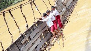 Kisah Lama, Anak Sekolah, Rakyat dan Jembatan Rusak : Album PR Jokowi