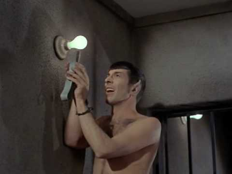 Star Trek - Kirk and Spock Escape