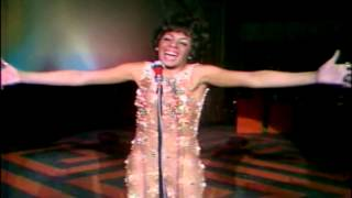 Shirley Bassey -On a Wonderful Day Like Today-