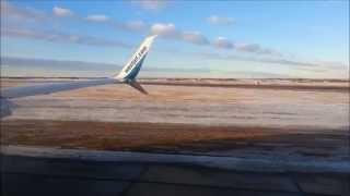 WestJet Boeing 737-800 Landing in Edmonton / YEG - HD