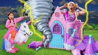 Boram construisent une maison de jeu pour les enfants jour de pluie