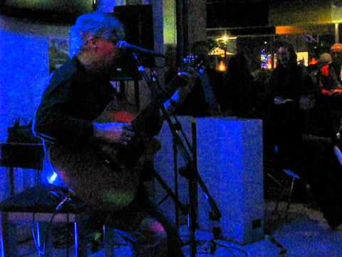 Phil Manning broadbeach blues fest 2012.AVI