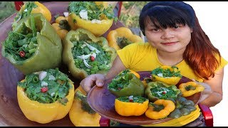 Cooking skills | Cooking Duck eggs with Bell Pepper - primitive life | survival skills. HT