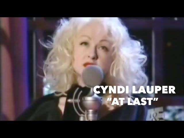 "Cyndi Lauper – ""At Last"" (live)"