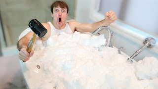 EXTREME REAL SNOW BATH CHALLENGE (READING MEAN COMMENTS)
