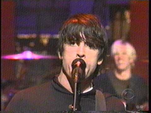 Foo Fighters: Everlong (Live on Letterman) - 2-21-2000