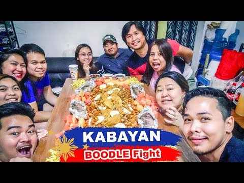 Our First BOODLE FIGHT In DUBAI, UAE   OFW Boodle Fight   Filipino Food Kamayan