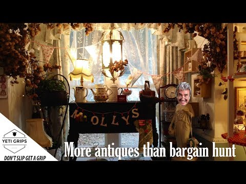 More antiques than bargain hunt miss molly's tea room Cornwall vlog