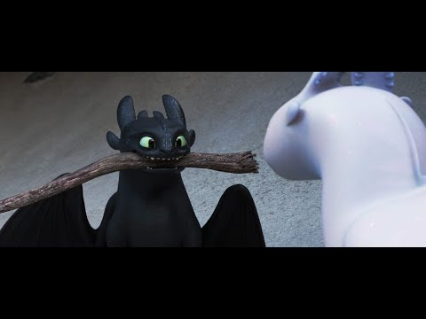 How Toothless tried to impress Light fury HD