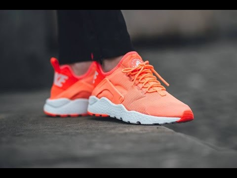 dc06a8e1e5aa6 NIKE AIR HUARACHE RUN ULTRA