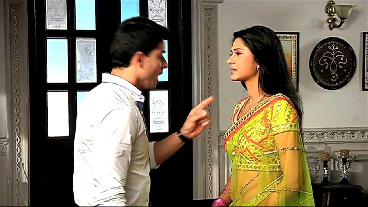 Download Saras feels happy after meeting Kumud - Saraswatichandra Full Episode