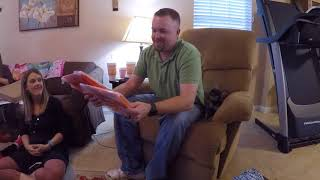 Unboxing Amazon Fire HD 10 Tablet