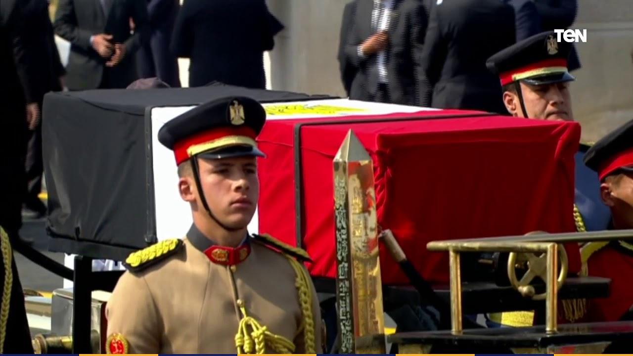 عاجل.. السيسي يتقدم الجنازة العسكرية للرئيس الأسبق محمد حسني مبارك