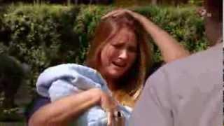 Lo que la vida me robó - Maria intenta robarse a Laurito