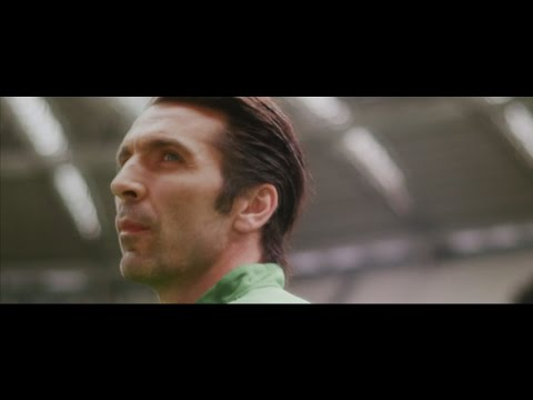 Gigi Buffon - Best Goalkeeper Italian - HD 1080p